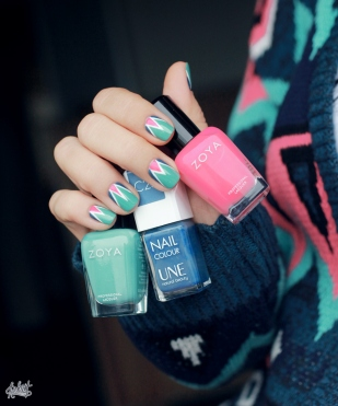 mint-white-and-pink-triangle-nails2
